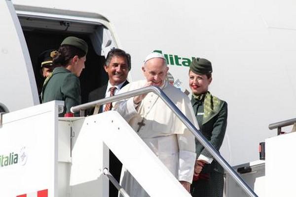 Francisco inicia hoje uma viagem para celebrar acordo com Farc – Foto: Ansa