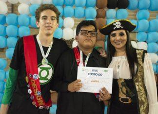 Equipe campeão do Torneio Interclasse de Robótica da Escola do Sesi de Corumbá - Divulgação
