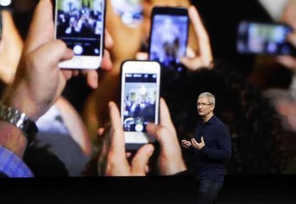 Lançamento do iPhone X será realizado pelo presidente da Apple, Tim Cook, no Teatro Steve Jobs, na Califórnia – Foto: Ansa