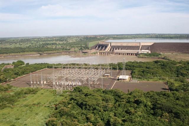 Usina São Simão fica na divisa dos estados de Minas Gerais e Goiás - Foto: Divulgação Cemig