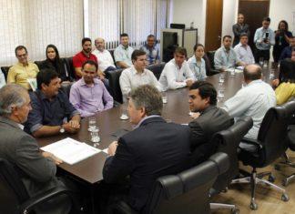 Assinatura do convênio entre Governo e Prefeitura foi celebrada, nesta quarta-feira, na Governadoria – Foto Chico Ribeiro