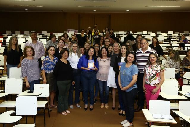 A secretária Denize Portollann destacou a importância do trabalho pedagógico das coordenações das escolas e Ceim's - Foto: A. Frota
