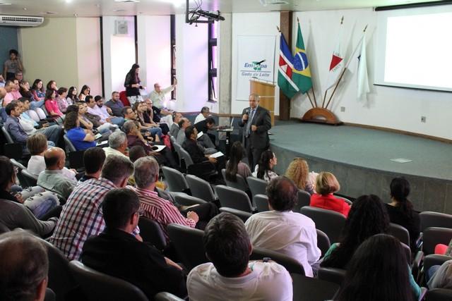 Evento comemorativo ocorreu no dia 26 de outubro e homenageou destaques do setor – Foto: Assessoria