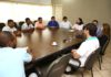 Reunião no gabinete da Prefeitura de Dourados na manhã desta segunda-feira - Foto: A. Frota