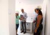 Mutuários realizam vistoria acompanhados dos engenheiros da empresa responsável pelo empreendimento - Foto: A. Frota