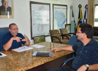 Prefeito Ricardo discute gestão e diretor do HSF Milton Mello destaca apoios e parcerias - Foto: Roney Minella