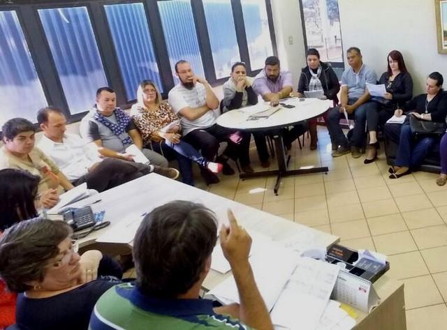 Administração municipal tem se reunido frequentemente com as categorias de servidores – Foto: A. Frota