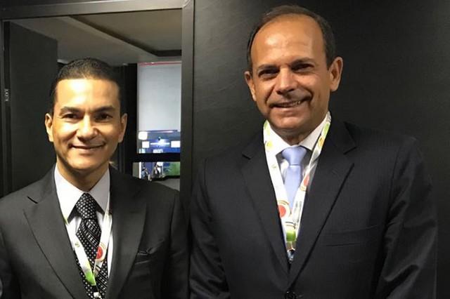 José Francisco Veloso Ribeiro, 2º vice-presidente da Fiems, com o ministro da Indústria, Comércio Exterior e Serviços, Marcos Pereira - Divulgação