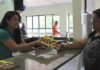 A ação teve início com a panfletagem de material com dicas para o combate ao mosquito, feita nas recepções do hospital - Divulgação