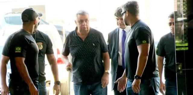 Jorge Picciani chega à sede da Polícia Federal no Rio nesta terça-feira (14) - Foto: Reprodução/GloboNews