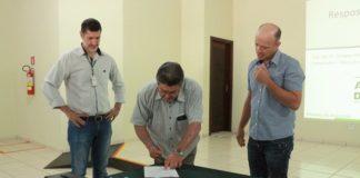 Prefeito de Rio Brilhante, Donato Lopes assina convênio com a Fundação MS - Assessoria