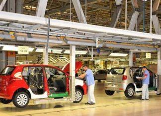 Resultado foi puxado pela produção de veículos. Na comparação com setembro, produção teve segunda alta seguida, de 0,2% - Divulgação