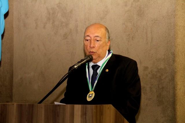 Pedro Chaves subiu à tribuna para falar sobre sua posse e agradeceu a presença das autoridades, amigos e familiares - Divulgação