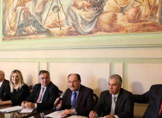 Governadores que compõe o Codesul realizaram a última reunião do ano nesta terça-feira, 12, em Porto Alegre - Foto: Luiz Chaves
