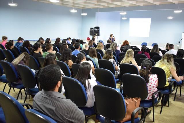 Encontro de psicólogos do Suas teve participação de estudantes e profissionais da região – Foto: Luiz Radai